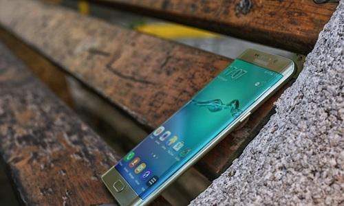 Bí quyết khiến Samsung Galaxy S6 Edge đánh bật các đối thủ cùng phân khúc