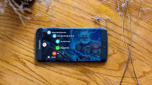 Mức bức xạ điện từ của Galaxy S7 Edge thấp nhất trong 10 smartphone phổ biến hiện nay