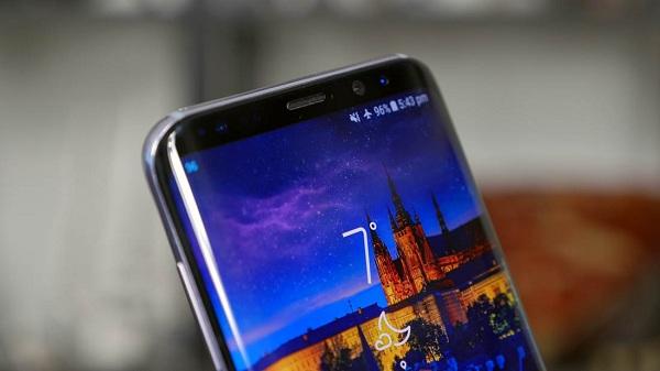 Thay màn hình mặt kính Samsung Galaxy S9, Samsung Galaxy S9 plus tại TPHCM & Hà Nội hình 1