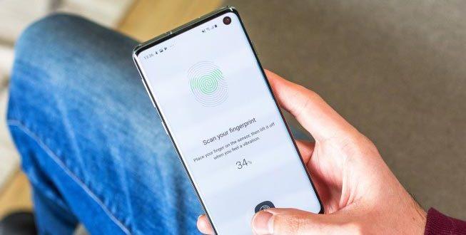 Samsung sẽ sửa lỗi mở khóa Galaxy S10 bằng vân tay chưa đăng ký