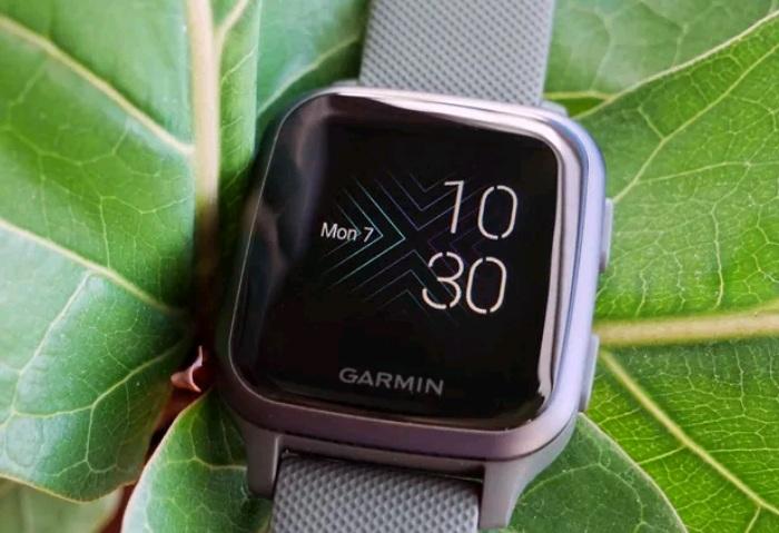 Đồng hồ thông minh chạy hệ điều hành Android - Garmin Venu Sq có khả năng giúp bạn theo dõi sức khỏe trong khi tập luyện dễ dàng