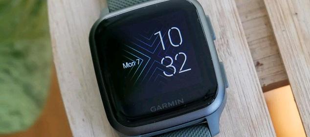 4 mẫu đồng hồ thông minh chạy hệ điều hành Android tốt nhất năm 2021
